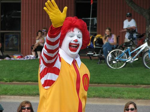McDiabetes: Top Docs Tell McDonald's To Stop Marketing Junk