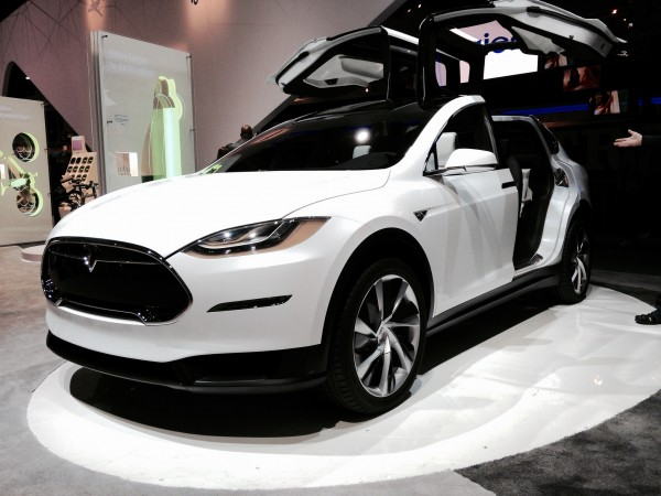 electric-vehicles-cars-tesla-model-x