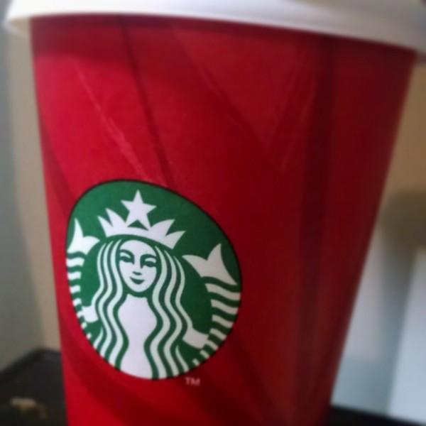 Starbucks-red-cup-holidays-christmas