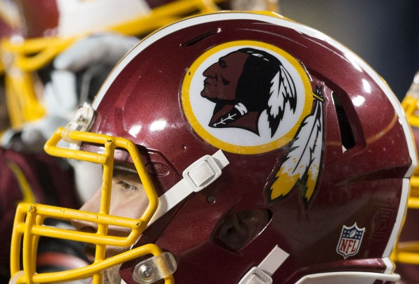 Redskins_racist_football_NFL