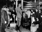 ellis-island-new-york-immigrants-immigration