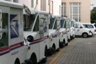 postal-service-trucks