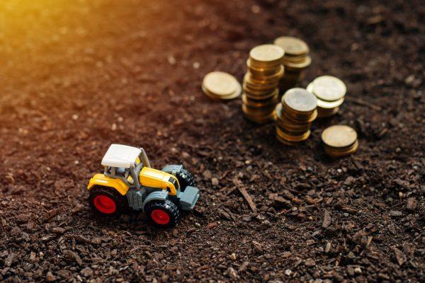 tractor-farm-taxes