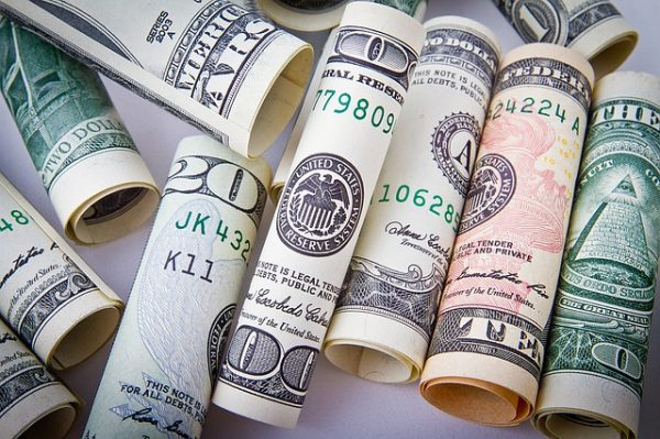 millionaires-Congress-tax cuts